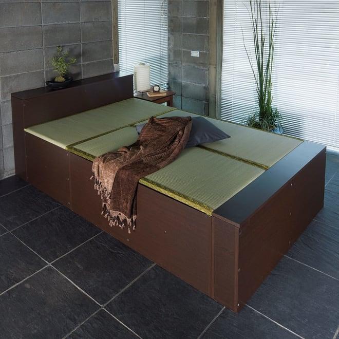 ユニット畳シリーズ ベッドセット 幅120奥行215cm 高さ45cm(本体高さ70cm) ヘッド部・フット部も収納スペースになります。 ※ベッドセットは3畳セット(1畳×3)+専用パーツになります。