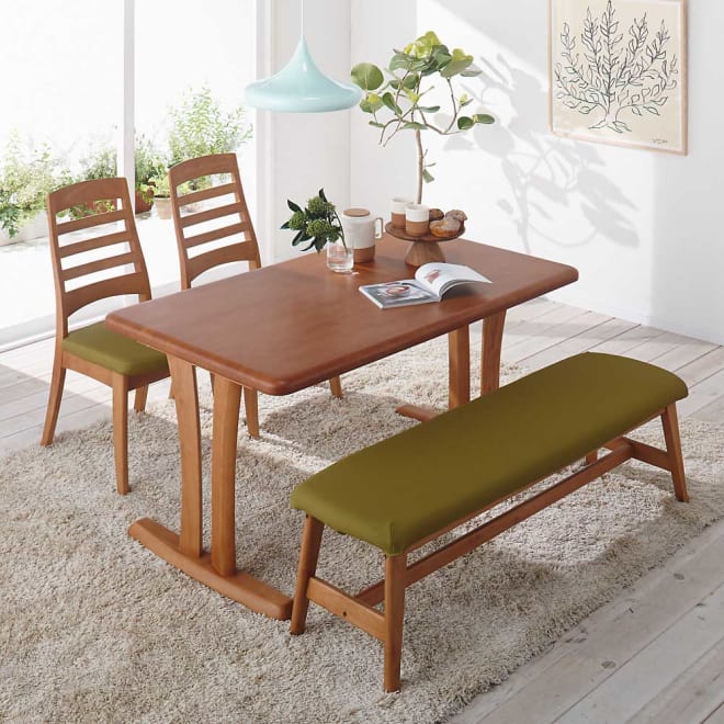 角が丸くて優しい天然木ダイニング テーブル 2本脚 幅140奥行80cm コーディネート例(ア)ナチュラル 対応人数めやすは約4~5人用です。