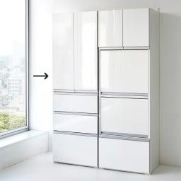 組立不要!家電を隠せるキッチン収納シリーズ 食器棚幅59.5cm 扉を閉めるとすっきりとした印象に。 ※シリーズ組み合わせ例です。