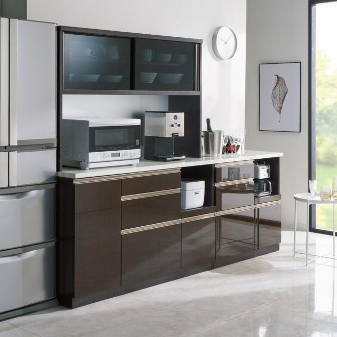 高機能 モダンシックキッチンシリーズ キッチンボード 幅140高さ178cm(カウンター高さ85cm) コーディネート例