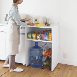 ゴミ箱上を有効活用!キッチンカウンター作業台 幅59cm・奥行44cm 写真