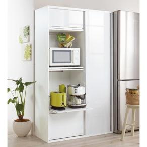 引き戸スライド扉で隠せる光沢仕上げキッチン家電収納庫 奥行45cmタイプ 写真
