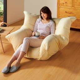 マルチリクライニング コンパクトソファ(座椅子) スタンダードタイプ 背もたれが低めで圧迫感のないスタンダードタイプ 色:アイボリー