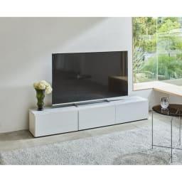 大理石調天板アーバンモダンテレビボード 幅180cm (ア)ホワイト ワンランク上の空間を演出するテレビボード。大型テレビを置いても圧迫感のない佇まい。