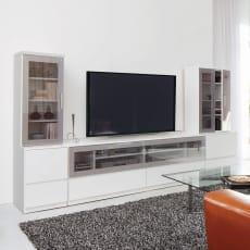 ソファや椅子からも見やすい高さ60cmの テレビ台 幅180cm