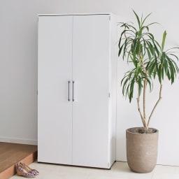 棚板たっぷり大容量シューズボックス 幅90cm コーディネート例(イ)ホワイト