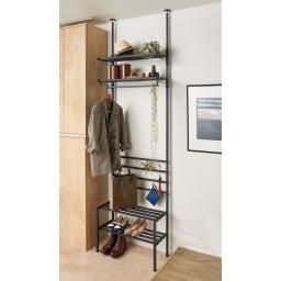 玄関のすき間を活用できる 突っ張りハンガーシューズラック 幅69.5cm (イ)ブラック