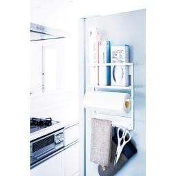 マグネット取り付け冷蔵庫サイドラック 使用イメージ