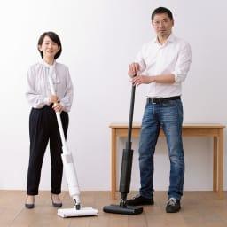 BALMUDA The Cleaner 開発秘話を楽しそうに語ってくれた寺尾さん(右)。