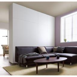 壁面間仕切りワードローブ ハンガーラック2段・幅60cm ホワイト色はどんなお部屋にも合います。