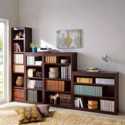 頑丈棚板がっちり書棚(頑丈本棚) ハイタイプ 幅40cm コーディネート例(イ)ダークブラウン ※お届けは幅40高さ180cmです。