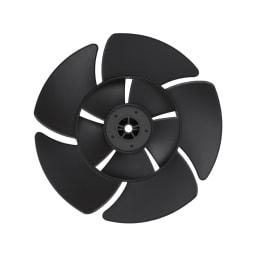 Green Fan C2(グリーンファン シーツー) 浴び続けることができる「やさしい風」 羽根を二重構造にすることで、大きく広がり、包み込むような自然界の風を再現。