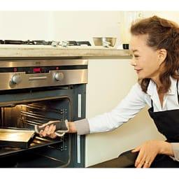 有元葉子の鉄のフライパン 卵焼き器 ハンドルが短いからオーブンにいれることができます。