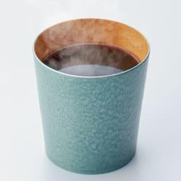 けやきのカップ 「うつろい」 山中漆器 (エ)グリーンパール 熱いコーヒーやお茶を入れても、手が熱くならず飲める嬉しさ。和にも洋にも合うデザイン。