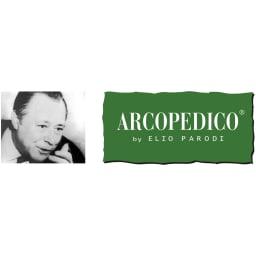 ARCOPEDICO/アルコペディコ メッシュスニーカー スイスのチューリッヒ大学で解剖学や人間工学を学んだエリオ・パロディ氏が、足裏にかかる圧力を分散する靴底を考案。