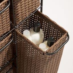 ラタン風ハンドル付きシンプルチェスト (イ)ブラウン ワイド3段・ワイド4段の深引き出しは高さのあるボトルも収納可。