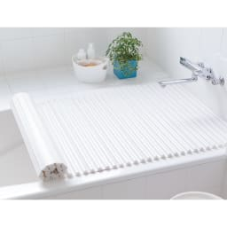 溝の奥まで洗いやすい カラーウェーブ抗菌風呂ふた (ア)ホワイト
