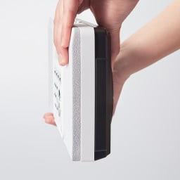 壁掛けCDプレーヤー 本体の厚さはわずか5.3cm。