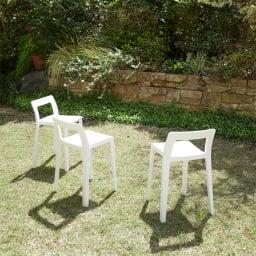 ENOTS ミニマルスタッキングチェア [I'mD/アイムディー] お庭などのガーデンパーティーにも活躍します