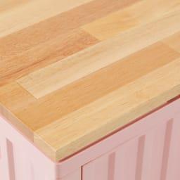 コンテナストレージボックス 横開きタイプ単品 別売りの専用木製天板を使えばインテリア性もアップ。
