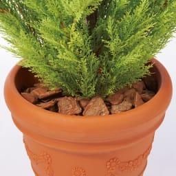 人工観葉植物ゴールドクレスト 高さ160cm バークチップを敷いて見栄えも◎