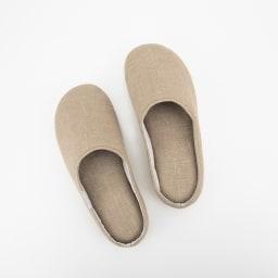 【LINEN & BASIC/リネン&ベーシック】サラリとしたリネンの肌ざわりで気持ちいい リネンスリッパ 色・サイズが選べる2足組 足の形に合わせて、左右の形状を変えてあり履きやすい。