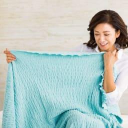 ふわふわ感が長く続く 新・くしゅくしゅ&ふわふわタオル寝具シリーズ タオルケット (エ)ブルーグリーン 「洗うほどやわらかく育って、柔軟剤がいらないほど。大人を満たすタオルケットですね。」