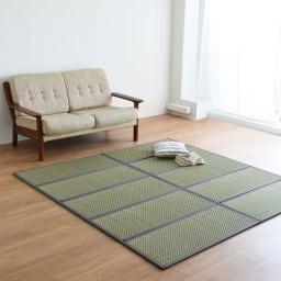 国産い草の5つ折り敷布団マット 床に二枚並べてラグとしても活躍。(ウ)グレー ※写真はシングルロングサイズ×2枚です。