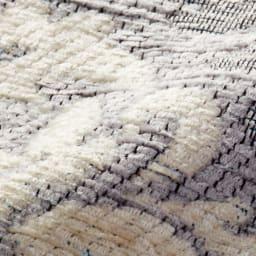 イタリア製ジャカード織キッチンマット〈ダマスク〉 幅55cm (ア)ライトグレー系 ※毛羽のあるシェニール糸をふんだんに使っています。