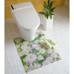 プリントトイレマット (イ)グリーン系 ※写真は大判タイプです。スリッパは商品に含まれません。