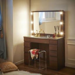 LEDライト付き 楽屋ドレッサーシリーズ ドレッサー 幅99cm ベッドルームに置くと、就寝前のケアにも便利。
