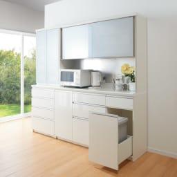 サイズが豊富な高機能シリーズ 食器棚深引き出し 幅80奥行50高さ187cm/パモウナ JZ-801K コーディネート例