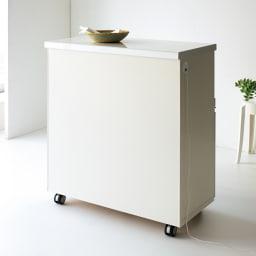 キッチンの間仕切りにも!家電が使いやすい腰高キッチンカウンター 幅90cm [パモウナ WH-90W] 裏面もキレイに化粧仕上げされ、キッチンとダイニングの間仕切りにも。