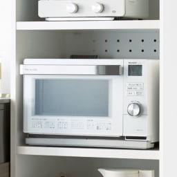 家電もストックもまとめて収納!天井ぴったりキッチンシリーズ レンジボード 幅60cm奥行45cm 大型レンジの熱を逃せるサイズ設計。