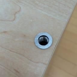 鍵付きカウンター下収納庫 4枚扉 《幅120cm・奥行20cm・高さ67~106cm/高さ1cm単位オーダー》 天板の突っ張り金具は取り外すこともできます。(本体についた金属パーツは取り外しできません)