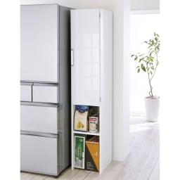 ゴミ箱上を活用できる下段オープンすき間収納庫 幅40cm (右開き取付時)※写真は幅35cmタイプです。