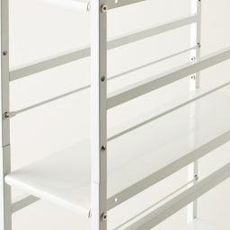 キッチンのすき間にピッタリ 幅伸縮すき間ラック 奥行59.5cm 棚板は収納物にあわせて10cm間隔で高さ変更可能。