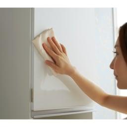 組立不要 幅と高さが選べる家電収納庫 ハイタイプ 幅35cm・奥行45cm 前面には汚れに強いポリエステル化粧合板(光沢仕上げ)を採用。