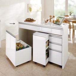 間仕切りキッチンカウンター カウンターデスク 幅120cm 光沢感の美しい間仕切りキッチンカウンター。お得なセットもご用意しています。※お届けはデスク幅120cmです。
