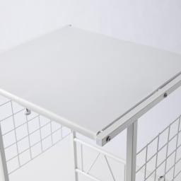 幅が伸縮するキッチン作業台ラック 奥行45cm 幅30cm~50cm サイドネットに掛けられるS字フック3個付き。