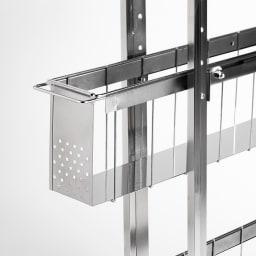 ステンレス洗濯機サイドラック 3段 幅14.5cm高さ80.5cm バスケットはスムーズに開閉できるスライドレール仕様。底面板は液漏れにも強いステンレス。