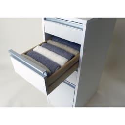 豊富なサイズから選べる 光沢仕上げすき間収納庫 幅30cm・奥行55cm 脱衣所のタオル収納にぴったりな引き出し。
