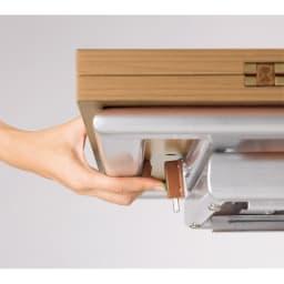 伸長式ガス圧昇降テーブル 幅100(天板90)cm ロックを解除して90度回転させ重なっている板を広げれば倍のサイズに。