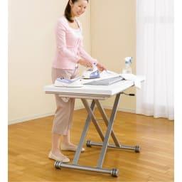 伸長式ガス圧昇降テーブル 幅120(天板110)cm アイロン台としても。 (ア)ホワイト