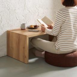 折りたたみできるスマートスタイルテーブル 120×59cm コーディネート例(ウ)ナチュラル(木目) ※写真は89×44cmタイプです。