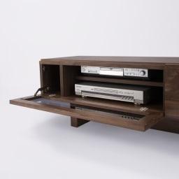 大画面対応ウォルナット天然木テレビ台シリーズ テレビ台・テレビボード 幅200cm デッキ収納部には3cm間隔で高さ調節できる可動棚付き。奥にはコードを通せる隙間があり、配線もすっきり。