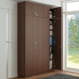 鍵付き本棚ロータイプ 幅60奥行35高さ87cm 使用イメージ:(イ)ダークブラウン ※写真はハイタイプと高さサイズオーダー上置き(別売り)を使用しています。