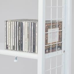 〈奥行26cm・幅63~92cm〉幅と高さがピッタリ!伸縮式スチールラック 収納イメージ(3):CDやDVD、ブルーレイディスクなどのAV収納にも