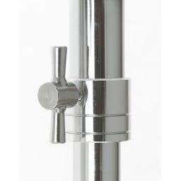 プロ仕様 伸縮頑丈ハンガーラック シングルタイプ 幅70~92cm 幅と高さを変更する中間リングはしっかりと固定するスチール製を使用しています。 しっかりと固定できます。