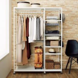 【幅122cm】棚・バスケット収納付きハンガーラック  (ア)ホワイト 棚部とハンガー部は組立時に左右を選べます。